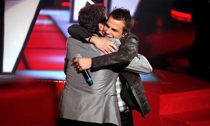 Daniel apostou em Dyba durante todo o The Voice Brasil e votou no cantor em todas as etapas do programa até a Final, em 2012 (Foto: The Voice Brasil / TV Globo)