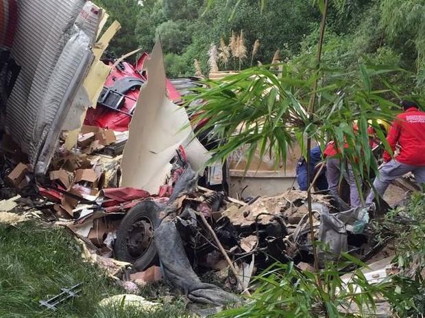 Caminhões bateram de frente em Água Doce (Foto: PRF/Divulgação)