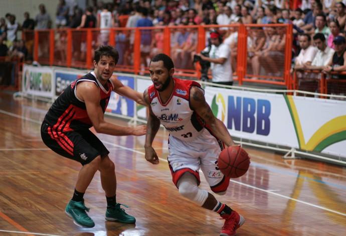 Basquete David Jackson Limeira x Flamengo (Foto: JB Anthero/Divulgação)