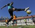 Jair indica volta da trinca de volantes no Botafogo e tem dúvida no ataque