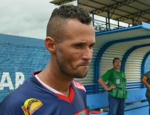 Cabixi, jogador do Barcelona-RO (Foto: Aline Lopes)
