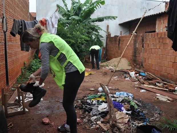 Arrastões recolheram 4,3 toneladas de entulho de imóveis em Araras (Foto: Letícia Costa/Secom Araras)