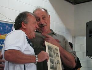 Zico e Márcio, goleiro do São Bento Sorocaba, em Votorantim (Foto: Rafaela Gonçalves / GLOBOESPORTE.COM)