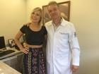 Andressa Urach reencontra médico que a operou: 'Ele me salvou'