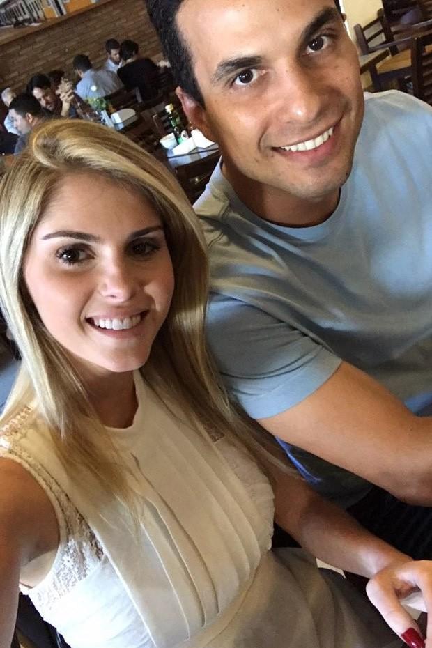 Bárbara Evans e Irajá Abreu (Foto: Reprodução/Instagram)