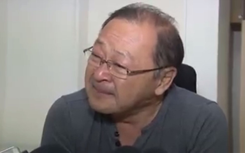 Diretor chorou durante entrevista sobre a situação do Hospital Regional de Sorriso (Foto: Divulgação)
