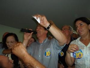 Ruy Muniz (PRB) faz primeiro discurso como prefeito eleito de Montes Claros (MG). (Foto: Cida Santana / G1)