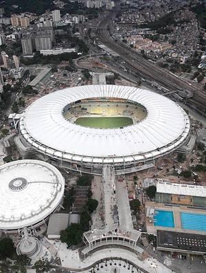 Maracanã obras cobertura Copa 2014 (Foto: Ricardo Moraes / Reuters)