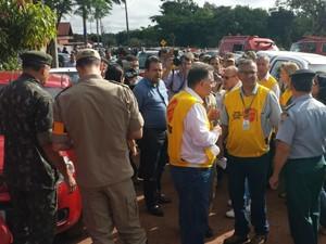 Profissionais de diversos segmentos participaram da ação no Jardim Noroeste (Foto: Alexandre Cabral/ TV Morena)
