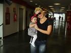 Samara Felippo e Giovanna Antonelli levam filhos a espetáculo infantil