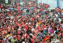 Veja fotos da comemoração do Garantido pelas ruas de Parintins