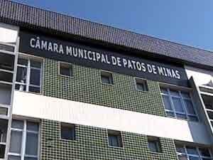 Prédio da Câmara de Vereadores de Patos de Minas (Foto: Reprodução/TV Integração)
