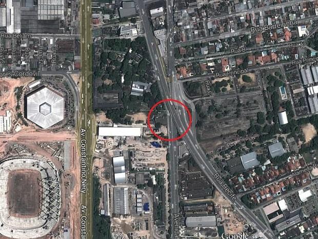 Imagem de satélite e círculo mostram local onde ocorreu acidente que provocou a morte de mais de dez pessoas (Foto: Reprodução/Google Maps)
