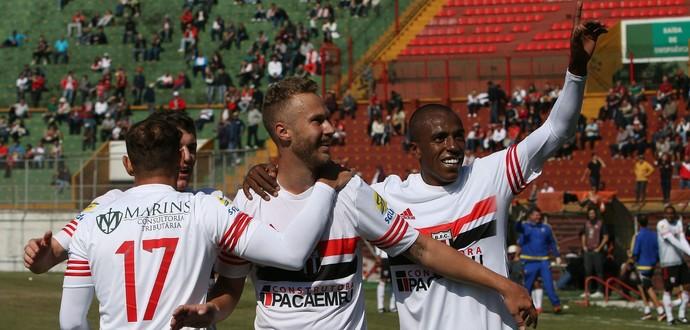 Diogo Campos, Alemão e Samuel Santos (Foto: Rogério Moroti/Ag. Botafogo)