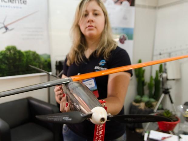 Drones levam mais tecnologia para o agronegócio e já substituem até trator