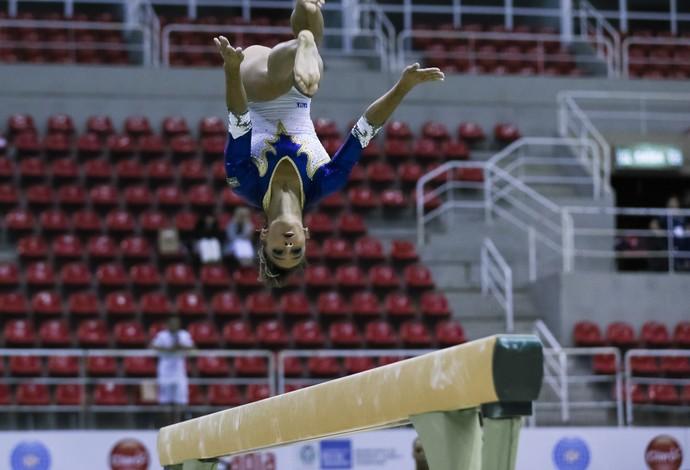 Jade no evento-teste da ginástica no Rio de Janeiro (Foto: RICARDO BUFOLIN / CBG)