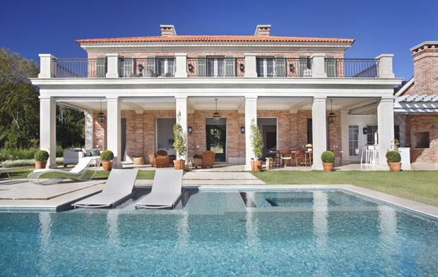 Segunda casa com inspira o toscana casa vogue casas - Villa de luxe minorque esteve estudio ...