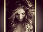 Anamara posta foto sensual em bastidor de revista