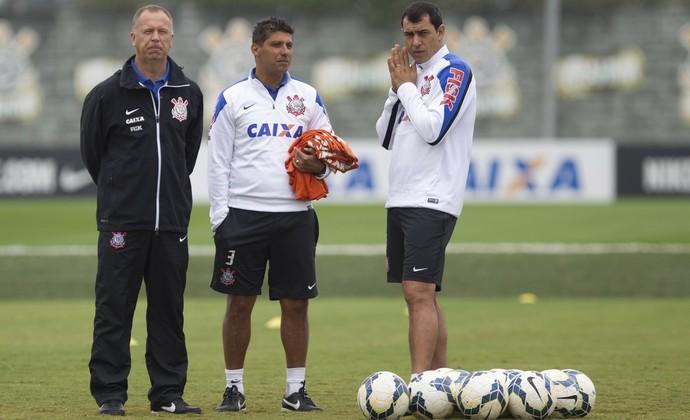 Mano Menezes Fábio Carille Sidnei Lobo 2014 Corinthians (Foto: Daniel Augusto Júnior / Ag. Corinthians)