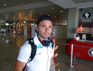 Mena diz que gostaria de permanecer no Cruzeiro em 2016