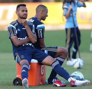 Jackson Vitor Hugo Palmeiras Futebol (Foto: César Greco/Ag. Palmeiras)