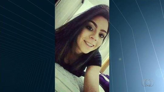 Mãe pede ajuda para encontrar jovem que desapareceu há quase 30 dias