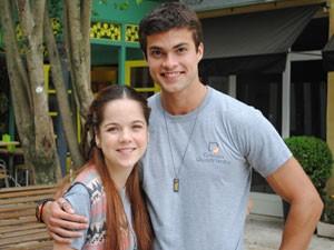 Os dois torcem para o casal, mas acham que Morgana e Fera terão problemas (Foto: Malhação / Tv Globo)