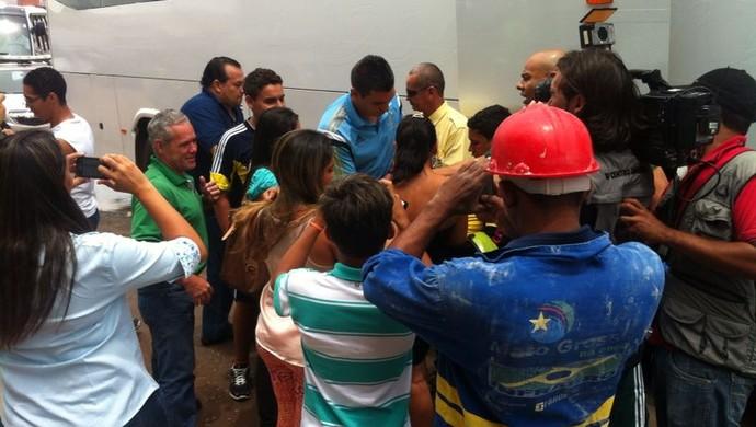 Palmeiras desembarca em Cuiabá (Foto: Lucas de Senna/TVCA)