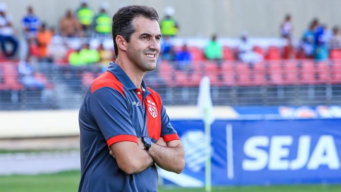 Técnico do CRB, Léo Condé (Foto: Ailton Cruz/Gazeta de Alagoas)