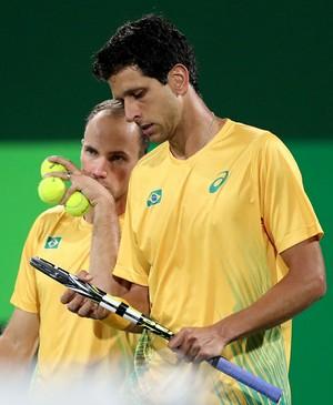 Bruno Soares e Marcelo Melo Olimpíada Rio 2016 tênis contra romenos (Foto: Cristiano Andujar/CBT)