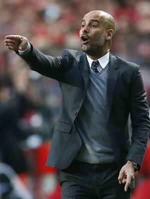 Pep Guardiola Benfica Bayern (Foto: Reuters)