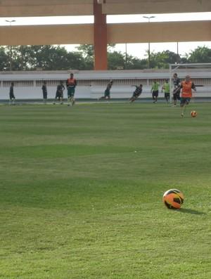 treino Paysandu Mangueirão (Foto: GLOBOESPORTE.COM)
