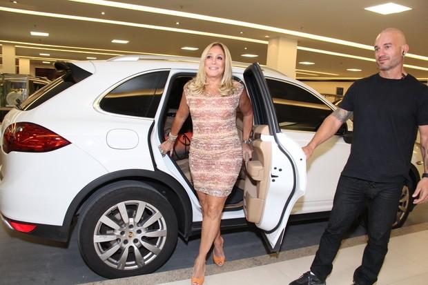 Susana Vieira em inauguração de salão de beleza no Rio (Foto: Alex Palarea / AgNews)