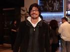Daniel Alvim, ex de Débora Falabella, vai a estreia de peça em São Paulo