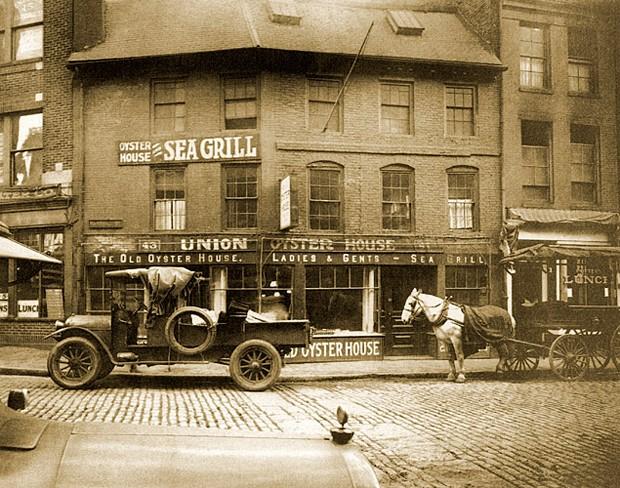Fachada do Union Oyster House, em 1920 (Foto: Divulgação)