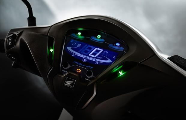 Novo painel digital da Honda Biz (Foto: Divulgação)