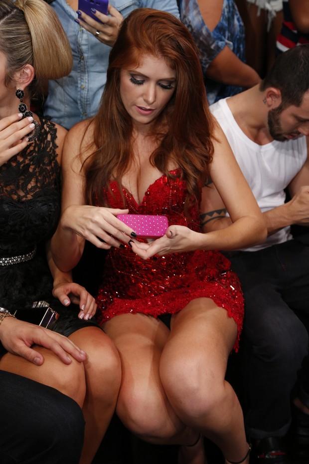 image Juju de lingerie preta cinta liga