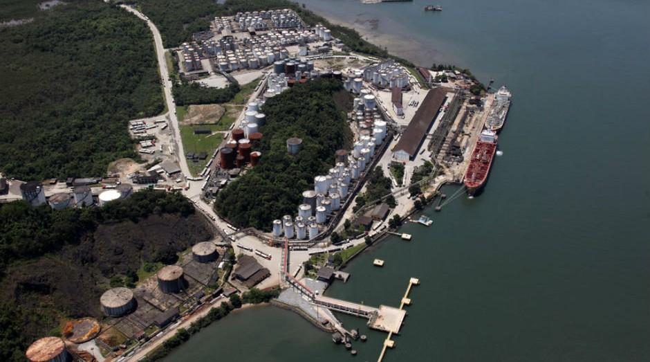 Porto de Santos é o maior complexo portuário da América Latina (Foto: Agência CNT de Notícias / Wikimedia Commons)