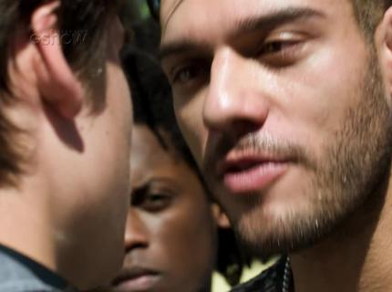 21/8 - Teaser: Uodson confronta Rodrigo