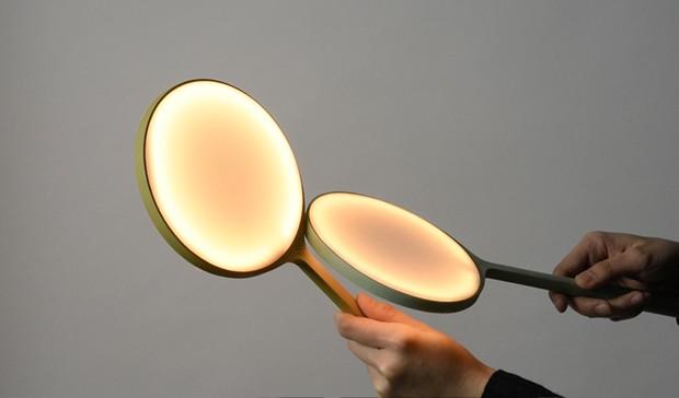 Designer cria luminária que ascende com um sopro (Foto: Divulgação)