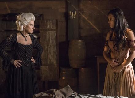 Dionísia ameaça Mimi: 'Mando matar você e o seu bastardo'