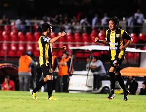 Gol do Strongest, São Paulo x The Strongest (Foto: Marcos Ribolli)