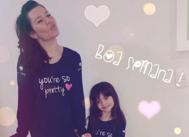 Fernanda Souza e a sobrinha, Isabeli (Foto: Reprodução/Instagram)