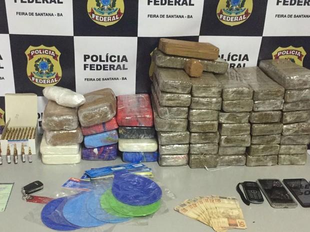 Drogas apreendidas durante operação em Feira de Santana, na Bahia (Foto: Divulgação / PF)