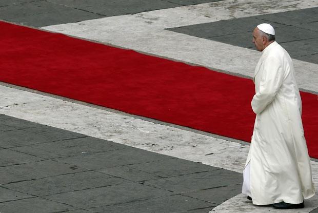 O Papa Francisco nesta segunda-feira (25) no Vaticano (Foto: AFP)