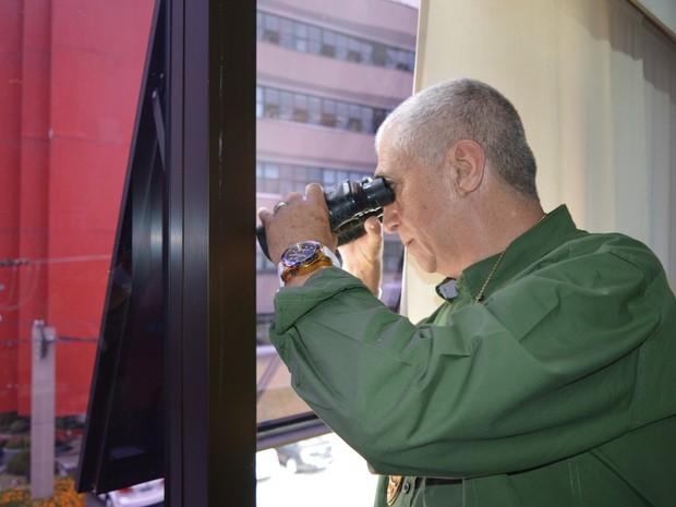 Detetive Mário Delpratto trabalha na área há 35 anos (Foto: Camilla Motta/G1)
