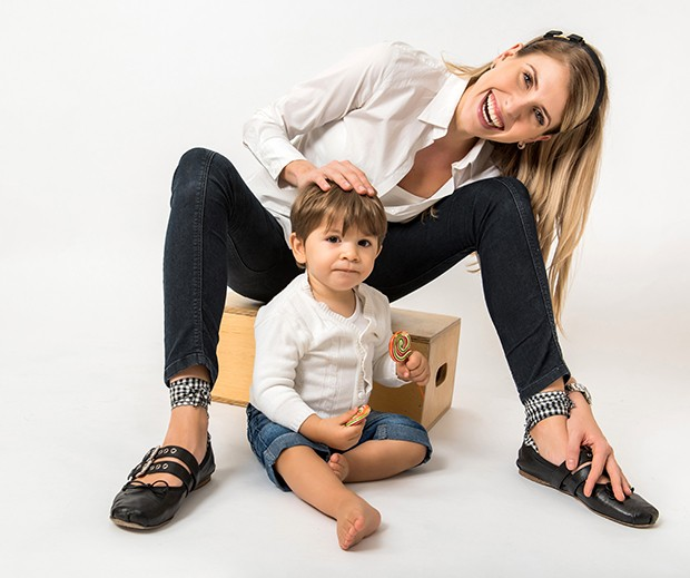 Juliana D'Agostini e o filho, André (Foto: Katia Rocha)