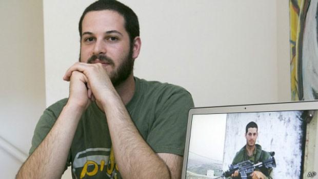 Mike Fishbein decidiu que queria ser voluntário na IDF em 2009 (Foto: AP)