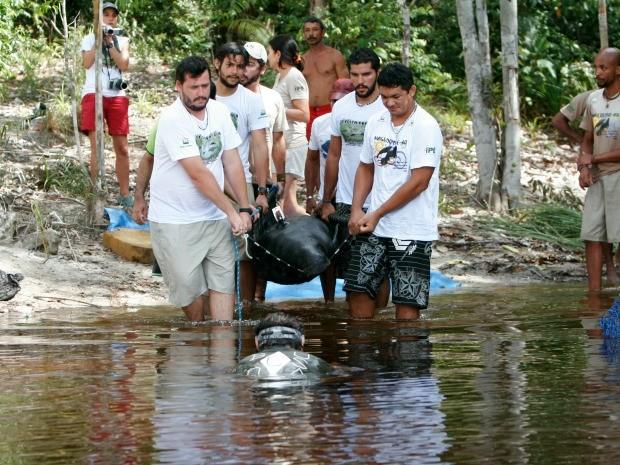 Em 2009, grupo tentou reintegração com quatro animais. Dois morreram, um se perdeu e outro teve que ser resgatado. (Foto: Arquivo Pessoal/Anselmo d´Affonseca)