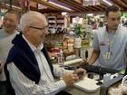 Temendo perder clientes, comércios na Tamoios 'reembolsam' pedágio